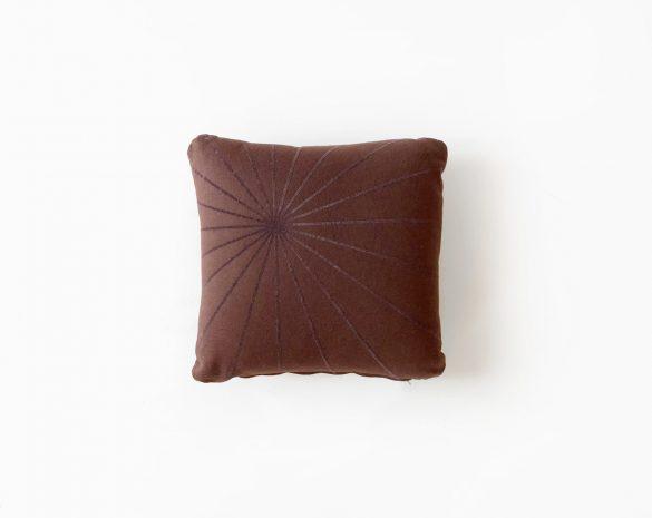 cushionstardark0bis